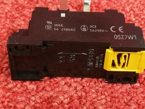 5 x Omron Relay MY4N-D2 24V dc 3A  /&  Din Rail Socket 05Z7W1