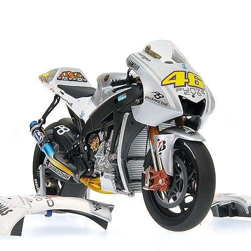 MINICHAMPS 122 093046 093076 093146 YAMAHA model bikes ROSSI MotoGP 2009 1 12th