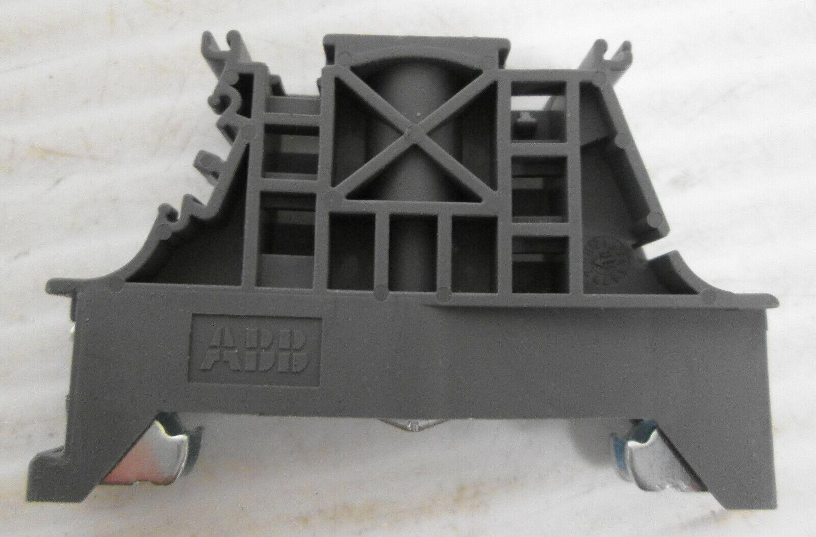 2 NEW ABB ENTRELEC BAM-4 BAM4 GRAY GREY DIN RAIL SECURE END STOP 1SNK900001R0000