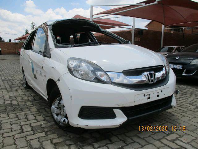 Honda mobilio 2016 model breaking up for spares