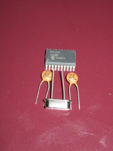 MCP2200-I//SO USB 2.0 to UART Protocol Converter SMD C Quarz USB nach RS232
