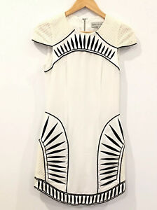 Blessed-Are-The-Meek-Size-2-White-Dress-Cap-Sleeve-Races-Small-Size-10-Short