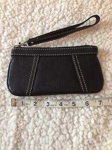 New-Tignanello-Leather-Wristlet-Black