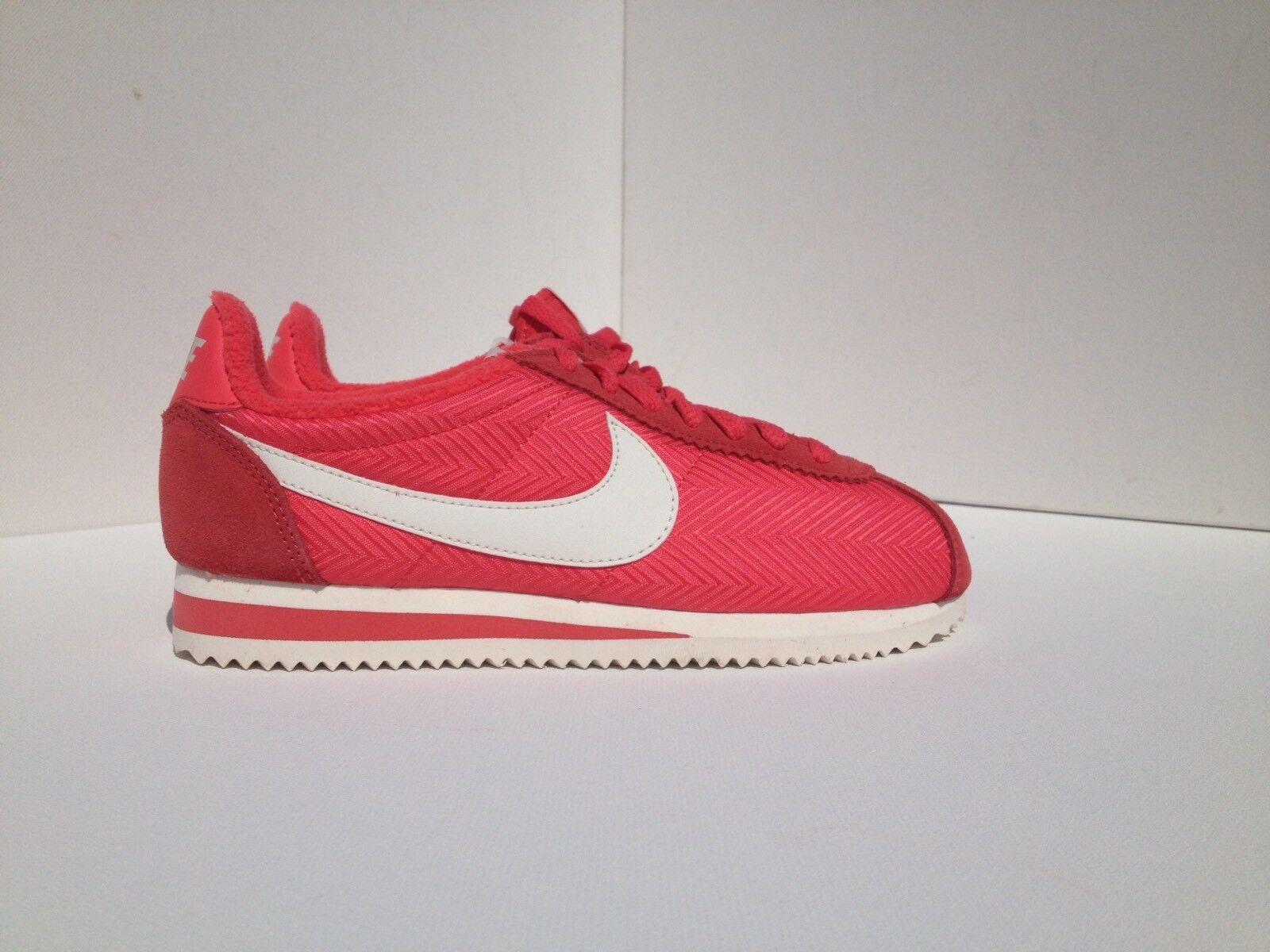 Nike De Mujer Clásico Vela Cortez TXT Ember resplandor Vela Clásico 844892800 d18704