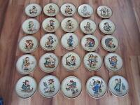 25 Hummel -  Jahresteller von 1971-1995 Jahresteller 25 Stück mit OVP