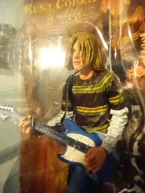NECA Kurt Cobain Nirvana Teen Spirit 7' Figure Fender Guitar RARE MIB FREE SHIP