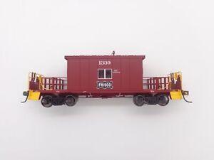 Frisco-Short-Roof-Transfer-Caboose-1339-HO-Bluford-Shops-34191-vmf121