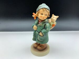 Hummel-Figurine-2235-Die-Lucky-Charm-4-1-2in-1-Choice-Top-Condition