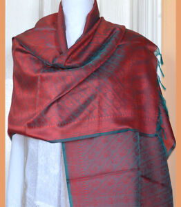Banaras-Silk-Red-Green-Woven-Floral-Paisley-Design-Shawl-Wrap-Stole-Fringes