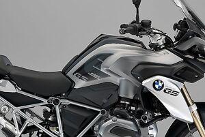 2-ADESIVI-3D-PROTEZIONI-LATERALI-CARBONIO-compatibili-MOTO-BMW-GS-R1200-2013-16