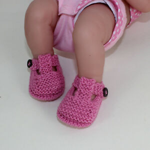 PRINTED-INSTRUCTIONS-PREEMIE-TINY-NEWBORN-BABY-T-BAR-SANDALS-KNITTING-PATTERN