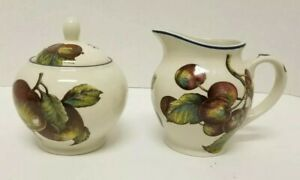 Set-of-2-Pier-1-Macintosh-Creamer-amp-Sugar-Bowl-Fruit-Design-w-Apples-amp-Pears