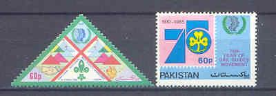 Scouts Pfadfinder 665,647 ** Mnh 1985 Durchblutung Aktivieren Und Sehnen Und Knochen StäRken Zielsetzung Jahr Der Jugend Pakistan