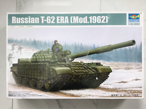TRUMPETER 1 35 SOVIET   RUSSIAN T-62 ERA MODERN 1962 MODEL TANK KIT 01555 F S