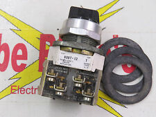 s l225 allen bradley 800t j2 selector switch 3 position maintained 800t 800t-j2 wiring diagram at alyssarenee.co