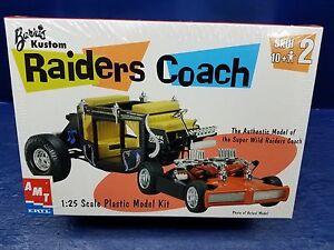 Barris-Raiders-Coach-AMT-ERTL-1-25-Kit-Sealed-Bags-Bonus-Decals-2000-Issue-MPC