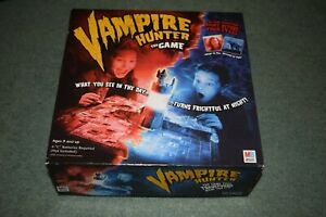Vintage-2002-Vampire-Hunter-The-Game-MB-Hasbro-100-complete-instructions-boxed