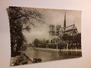 Notre-Dame-of-Paris-Vintage-Postcard
