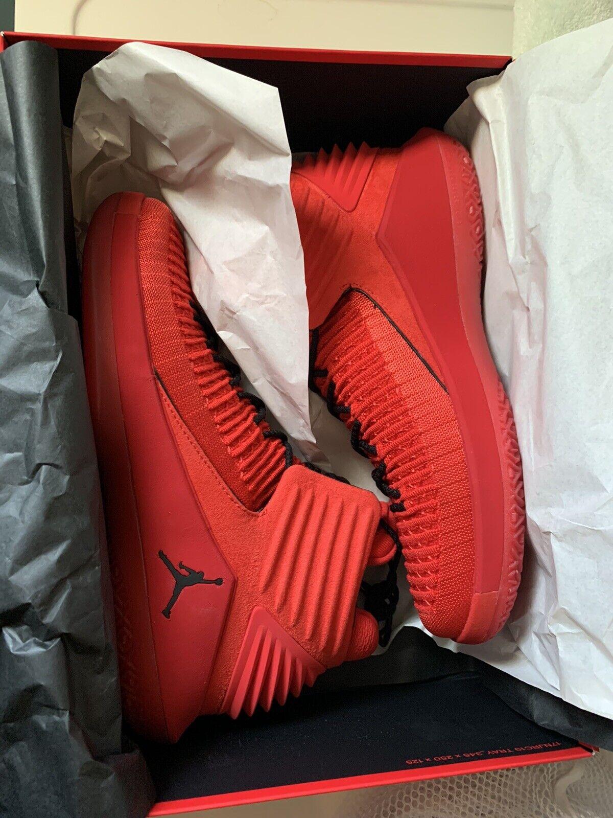 NIKE Air Jordan XXXII Size 9.5 for sale