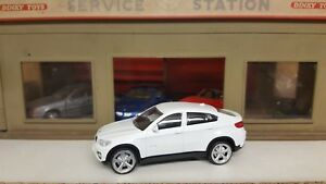 1-43-1-43-Diecast-BMW-X6-White-RECORDED-DELIVERY