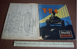 1973 Vintage Maly Modelarz Poland Cut-out Model Book. Soviet T-54 Battle Tank