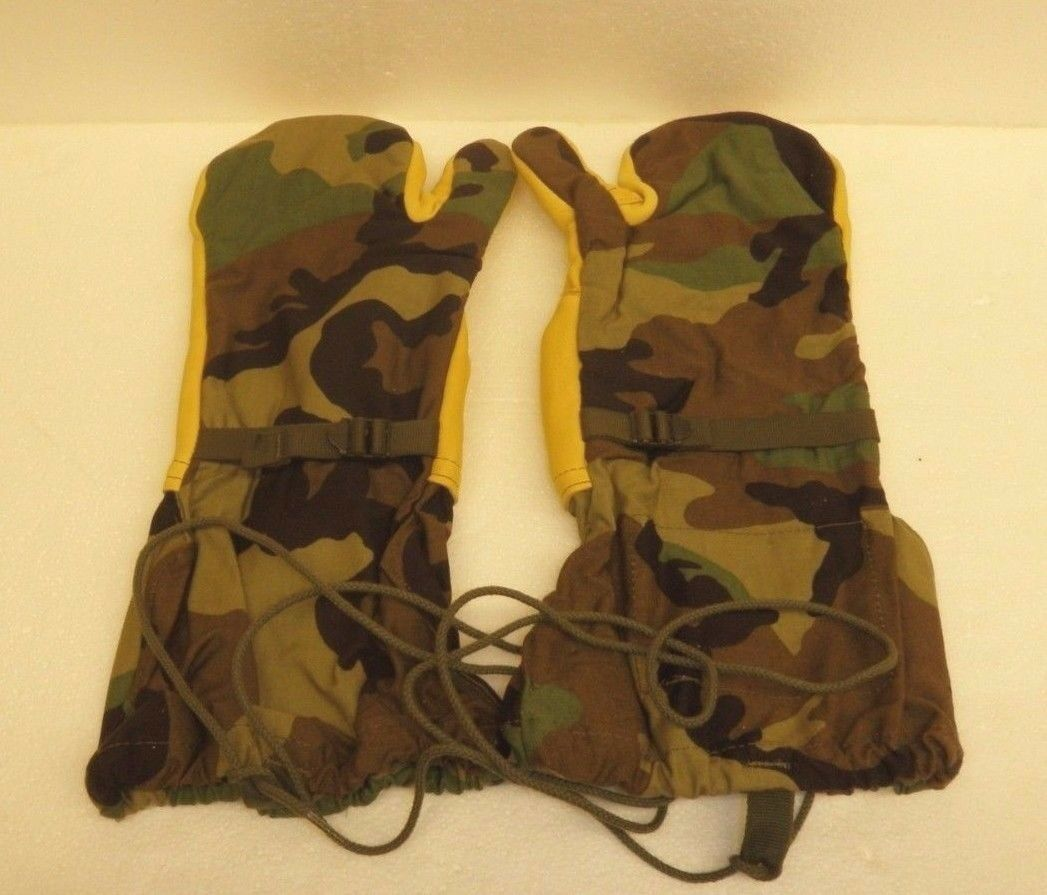 US MILITARY COLD WEATHER TRIGGER FINGER MITTENS SHELL - WOODLAND CAMO - Large