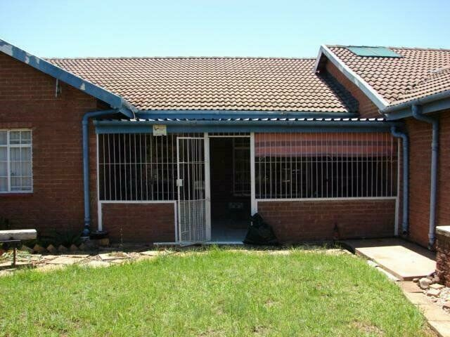 3 Bedroom Townhouse For Sale in Vryheid