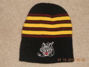 Chicago-Wolves-Minor-League-Hockey-Winter-Hat-Cap-Beanie-AHL-Blues-Affila-Stripe