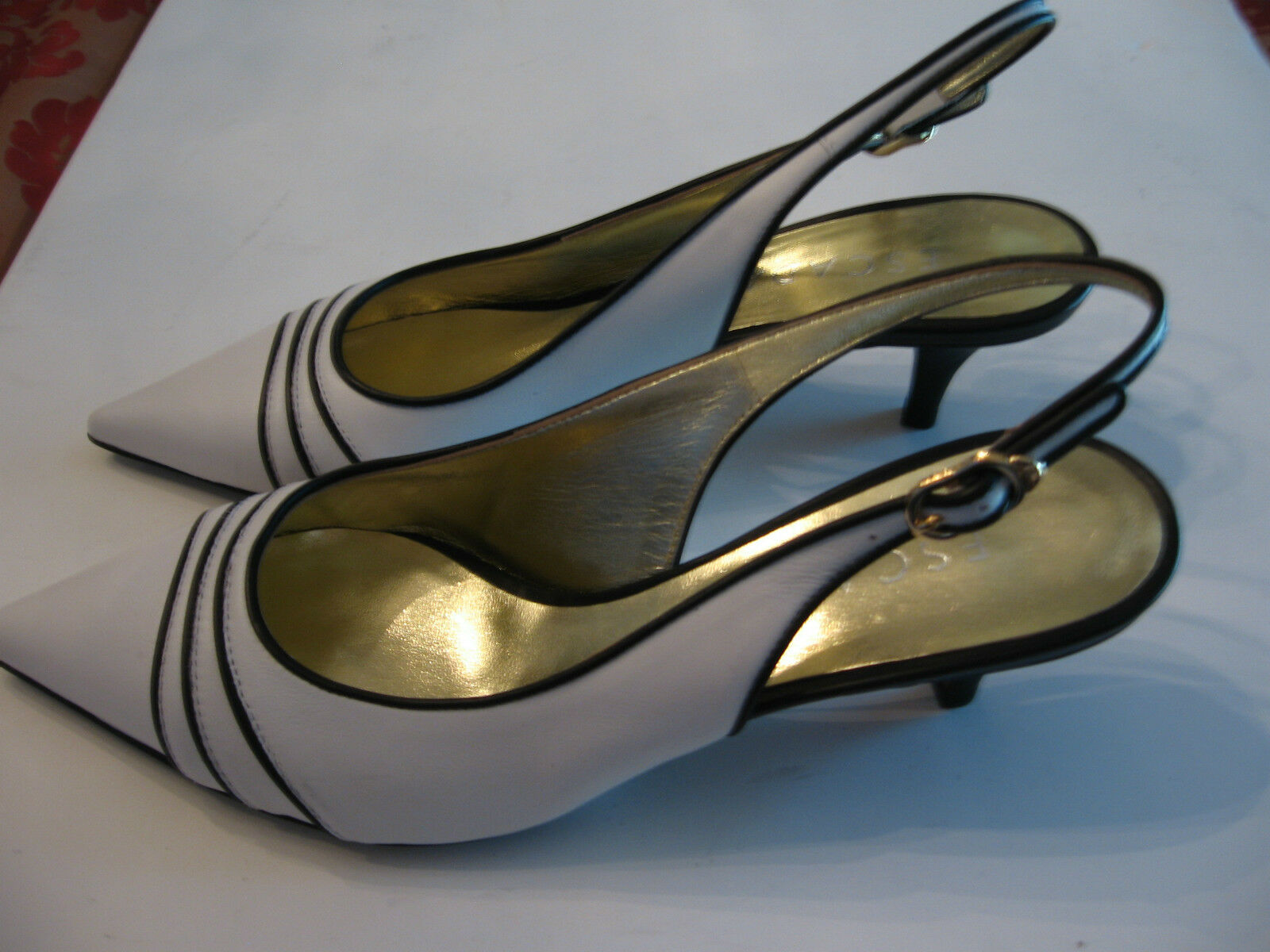 NEW ESCADA SLINGBACK SHOES - POINTED TOE - & DUST COVER - SIZE 8 (38) - 2  HEEL