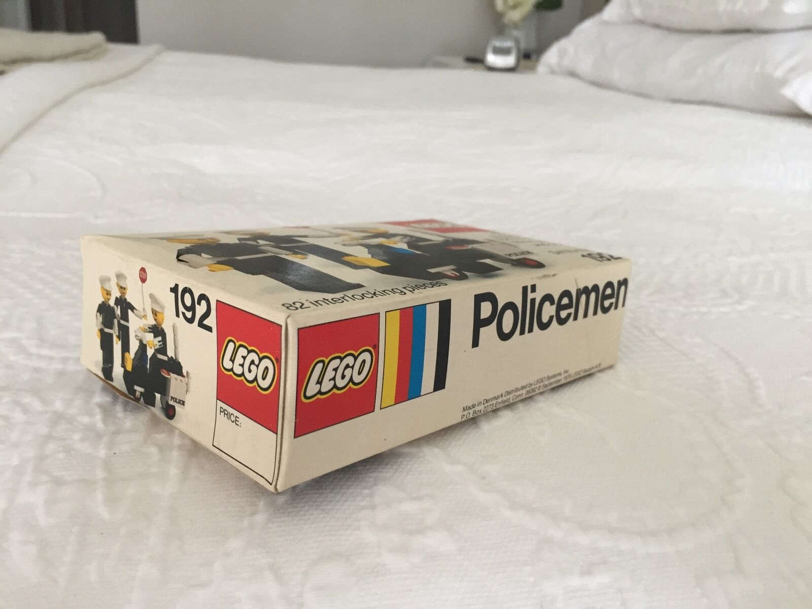 LEGO LEGO LEGO Policemen set 192 from 1976 b43d96