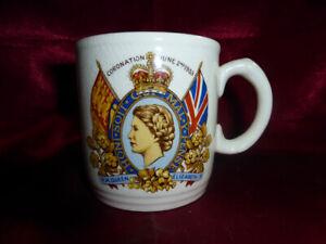Vintage-Coronation-J-amp-G-MUG-HRH-QUEEN-ELIZABETH-II-June-2-1953-Royal-Memorabilia
