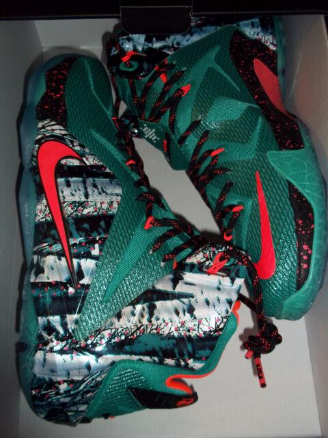 7a22e04269bd46 Men s Nike Lebron XII Christmas Basketball Shoes Xmas Size 11.5 ...