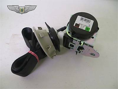 Land Rover Discovery 3 /& 4 New Genuine Rear Left Outer Seat Belt Buckle LR009305