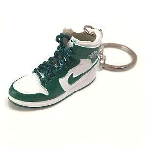 madxo 3D mini sneaker keychain Air Jordan 1 Retro white green 1 6 ... dbc06afdb