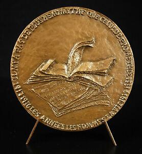 Medal-Ilya-Ehrenburg-Doria-Gamsaragan-Myth-of-Prometheus-Book-Black-Medal