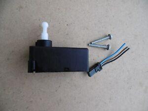 Stellmotor Scheinwerfer LWR Leuchtweitenregulierung Hyundai Santa Fe 31G56B