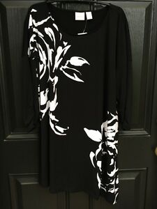 New-Rare-Chico-039-s-Knit-Kit-Abstract-Rose-Black-White-Tunic-Top-3-XL-16-18-NWT