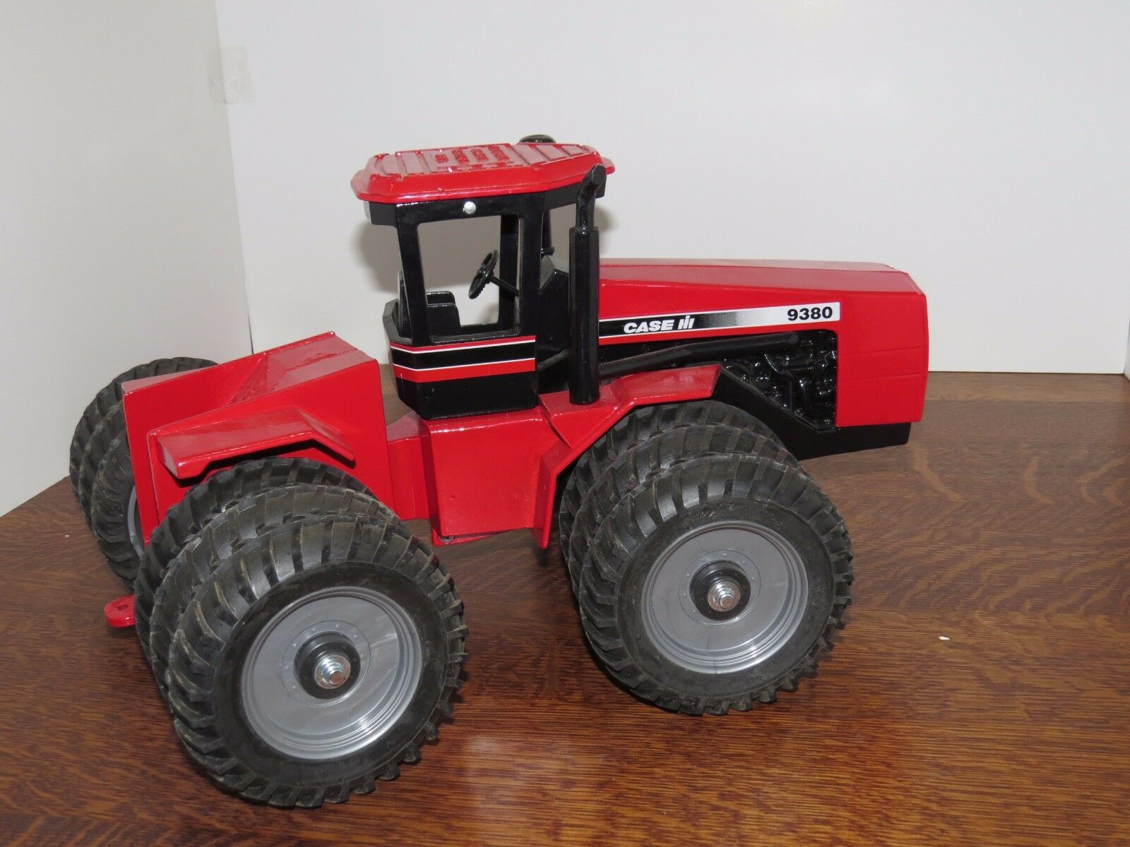 SCALE MODELS 1 16 CASE IH Steiger 9380 Toy Tractor TRIPLES 1995 Fargo nb