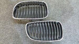 BMW-1er-E81-E87-E88-E82-Satz-Nieren-R-amp-L-Frontgrill-Grill-Original-Ziergitter