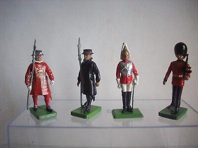 Britains 4 Guardie Della Regina
