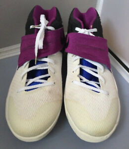 save off f2b11 b7b63 Details about NIKE KYRIE 2 Grade School Girls Size 5.5Y White/Bold  Berry/Blue 826673-104