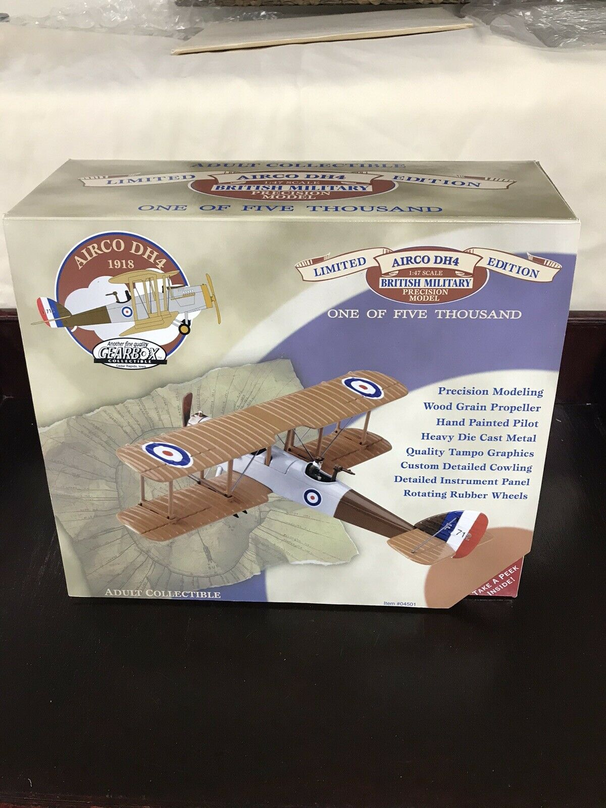 GearBox Collectible British Military AIRCO DH4 Airplane 04501