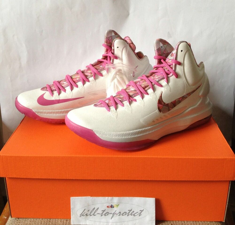 NIKE KD V 5 AUNT pearl Rose Chaussures Breast cancer us  Chaussures Rose de sport pour hommes et femmes 176f0a