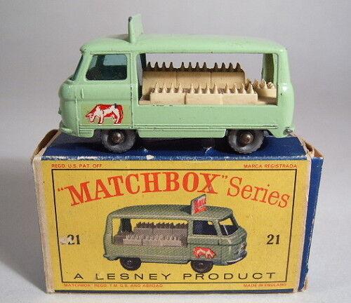 Matchbox RW 21 C Milk Float  Vache   avec argentée Roues dans  D  BOX  vente avec grande remise