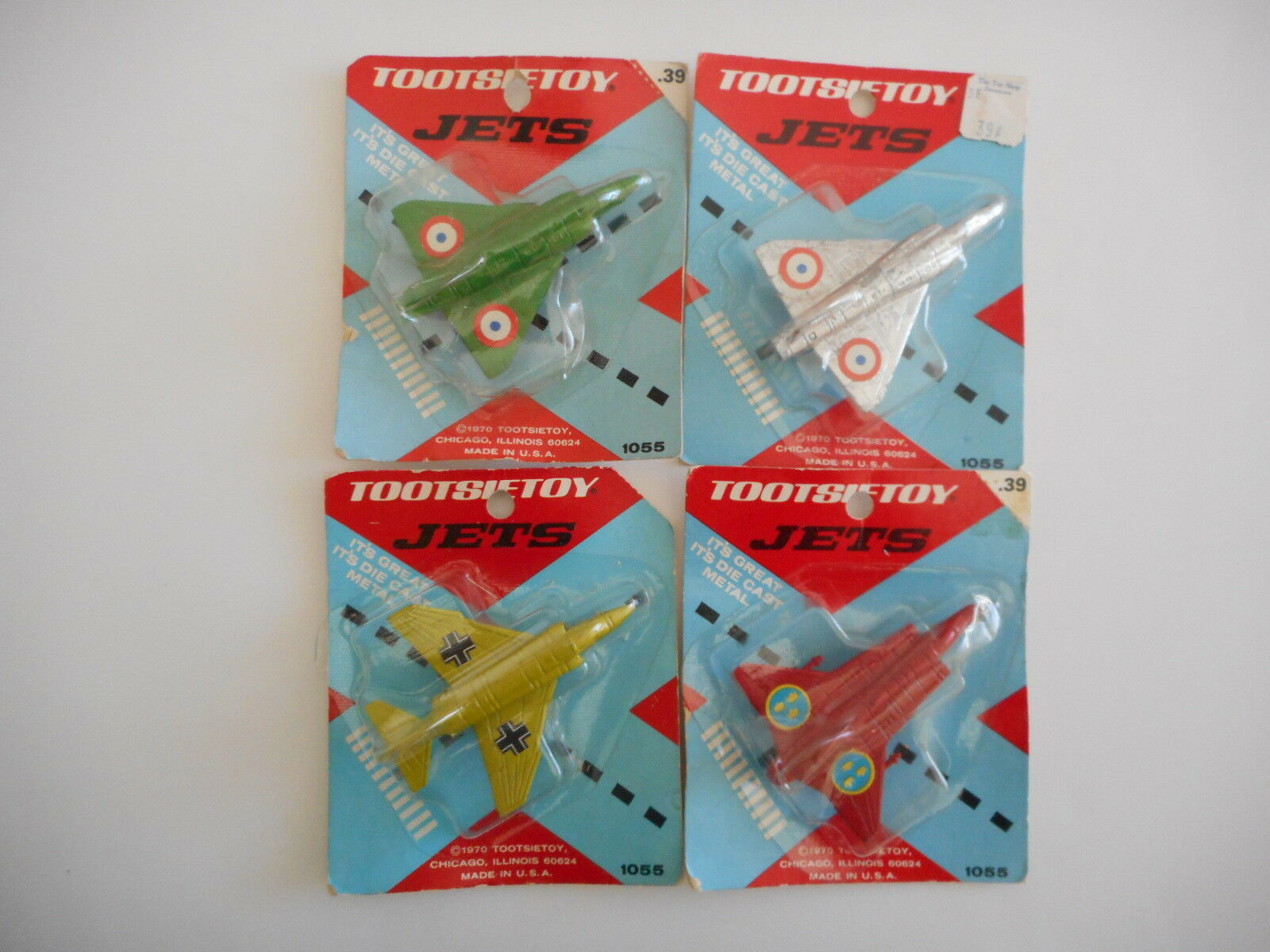 Vintage 1970 Tootsietoy Jets Set Of 4  Mirage   F-4 Phantom II   J35-Dragon  MOC