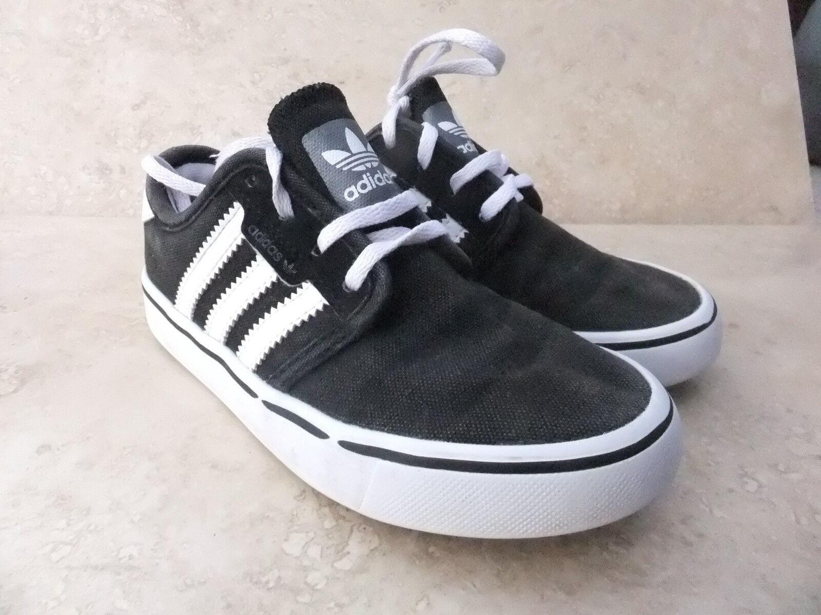 Enfants Adidas Seeley 115 Chaussures de sport Sneaker en toile noire UK 12 EUR 30.5