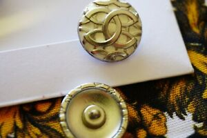 Chanel-button-1-pieces-pieces-metal-ITALY-Logo-CC-size-21-mm-0-8-inch