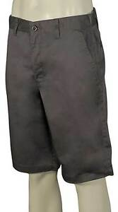 Solid Pavimentazione da passeggio Novità Rvca Pantaloncini Americana FqHC8xw
