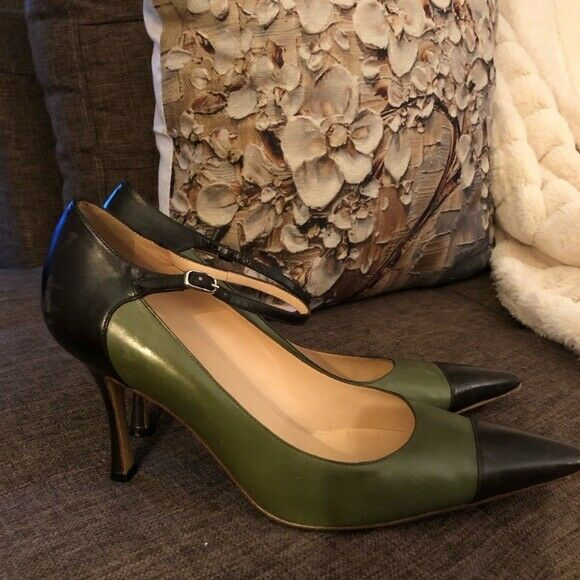 MANOLO BLAHNIK POINTED TOE LEATHER PUMP SZ EU 40.5 (9M) PREOWNED, GOOD CONDITION