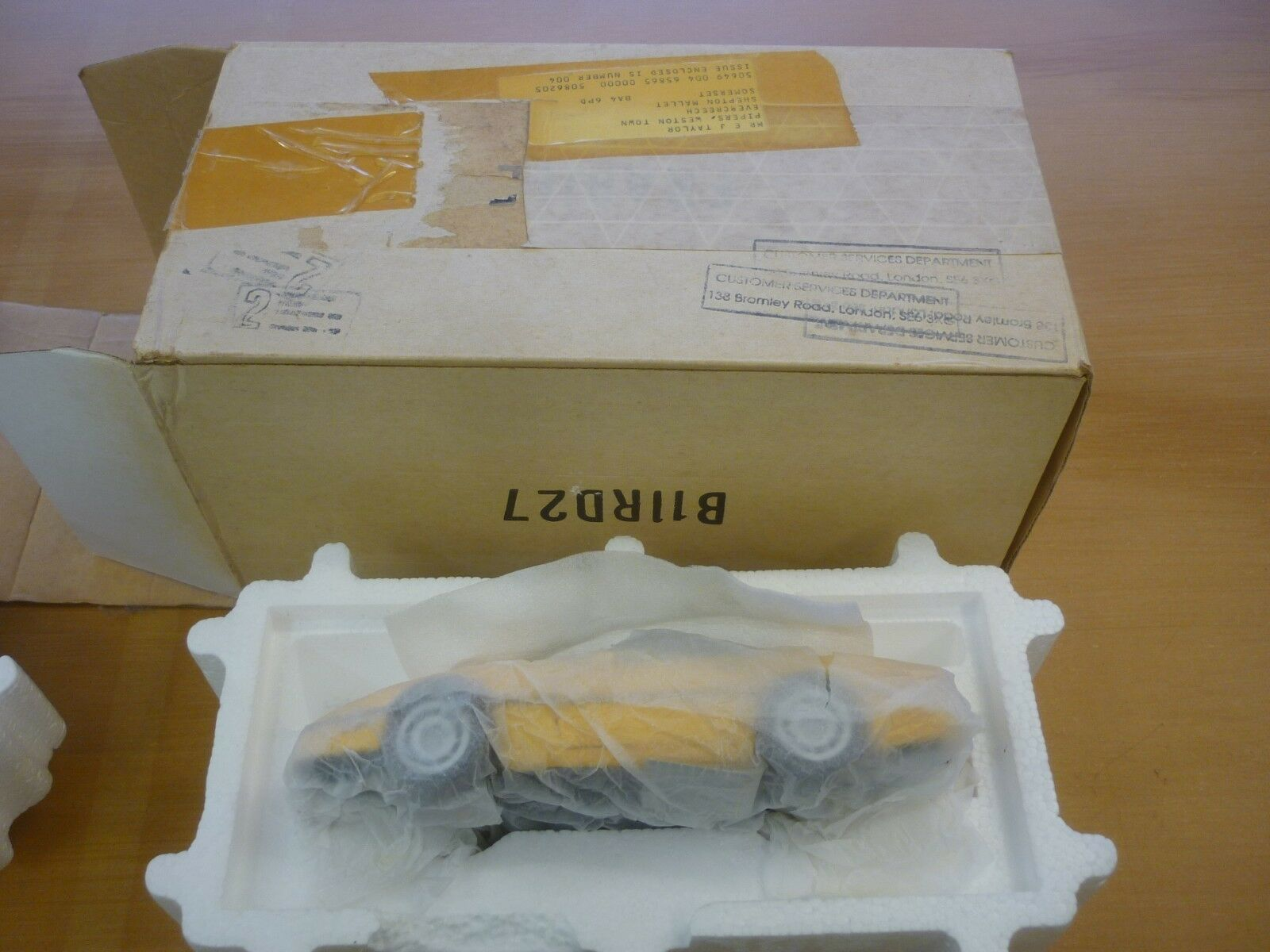 A Franklin mint of a scale Modelll of a 1986 Chevrolet corvette, Boxed, paperwork
